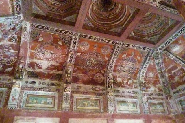 fresques du plafond du temple de Shiromani